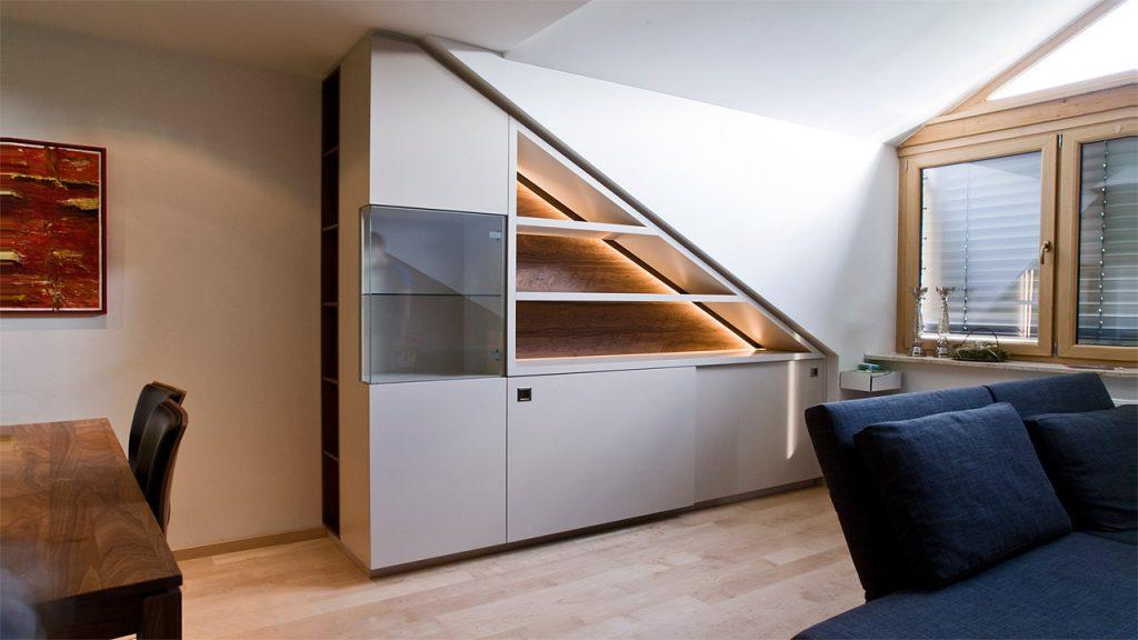 Wohneinbauschrank für Esszimmer nach Maß in Nußbaum und Grau Lack mit Schiebetüren | Held Einbauschränke München Freising